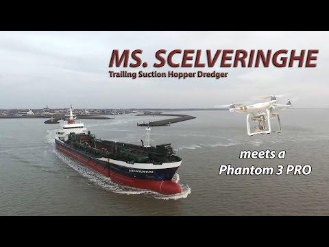 Phantom 3 PRO meets the suction dredger ms. Scelveringhe