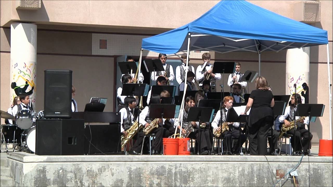 pdcms jazz band performing at yucaipa parkview middle