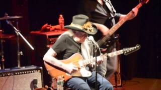Johnny Winter walking on stage and performing live 3/18/14