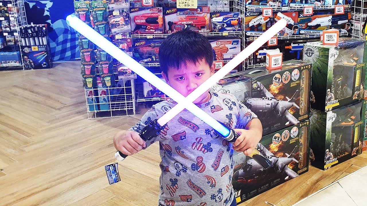 น้องภูมิไปเลือกของเล่น ที่วิลเลสหัวหิน | HuaHin Market Village