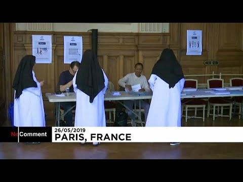 شاهد: في باريس .. راهبات يدلين بأصواتهن في الانتخابات الأوروبية…  - نشر قبل 4 ساعة