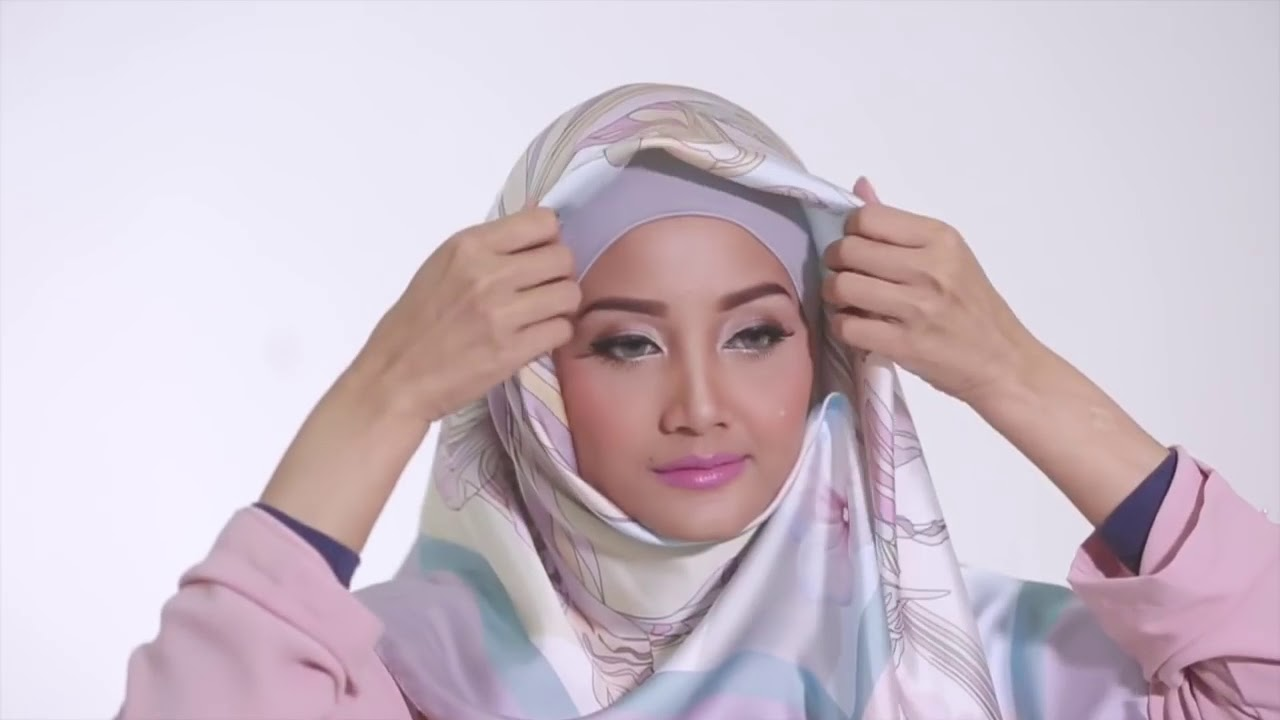 02 Tutorial Hijab 2016 Tutorial Hijab Segi Empat Satin Motif By Linda Kayhz Youtube
