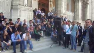 Taşeron PTT işçileri Sirkeci merkez binası önünde protestoda