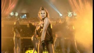Смотреть клип Kamaliya - Boom-Boom