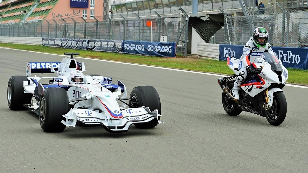 F1 Car Vs Bike Bmw Sauber F1 Vs Bmw S 1000 Rr Youtube