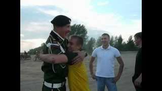 Как нужно встречать из армии!!!! НЕРЕАЛЬНО!