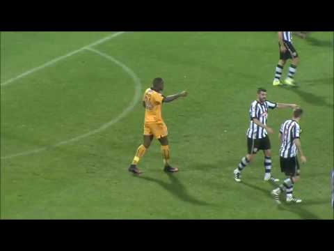 Uche Ikpeazu - Cambridge United FC Striker - 2016 Showreel -