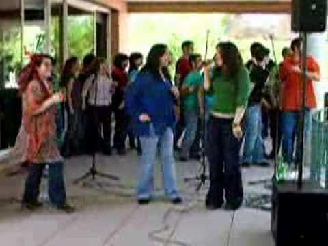 Concierto de gospel en jard n bot nico complutense youtube for Jardin botanico ucm