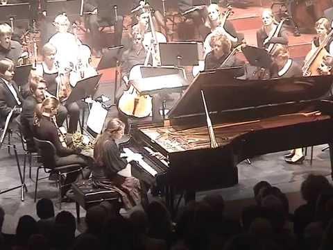 Maria Genina (age 13): Mendelssohn Piano Concert G minor Prinzregententheater München