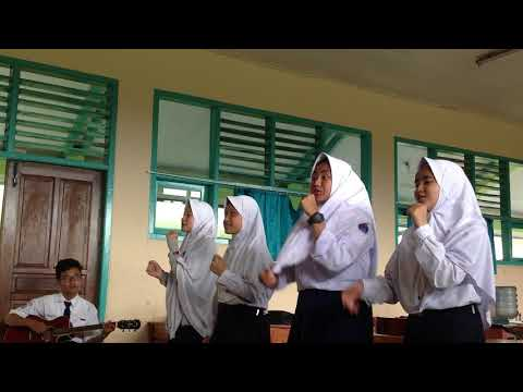 Vokal Grup SMPN 3 Lembang - Surat Cinta (Vina Panduwinata)