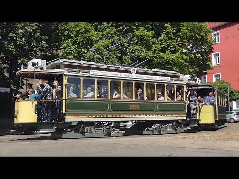 Heritage tram shuttle in Berlin