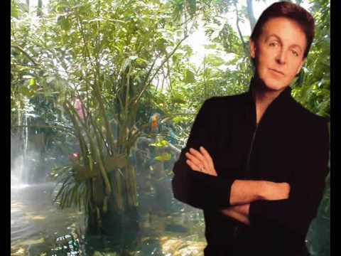 Paul McCartney & Wings- Mrs  Vandebilt (with Lyrics)