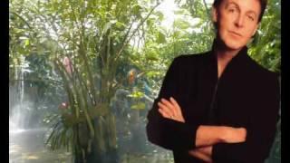 Paul McCartney & Wings- Mrs. Vandebilt (with Lyrics)