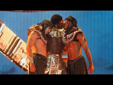 Lil Nas X MAKES OUT With Backup Dancer During BET Awards Performance