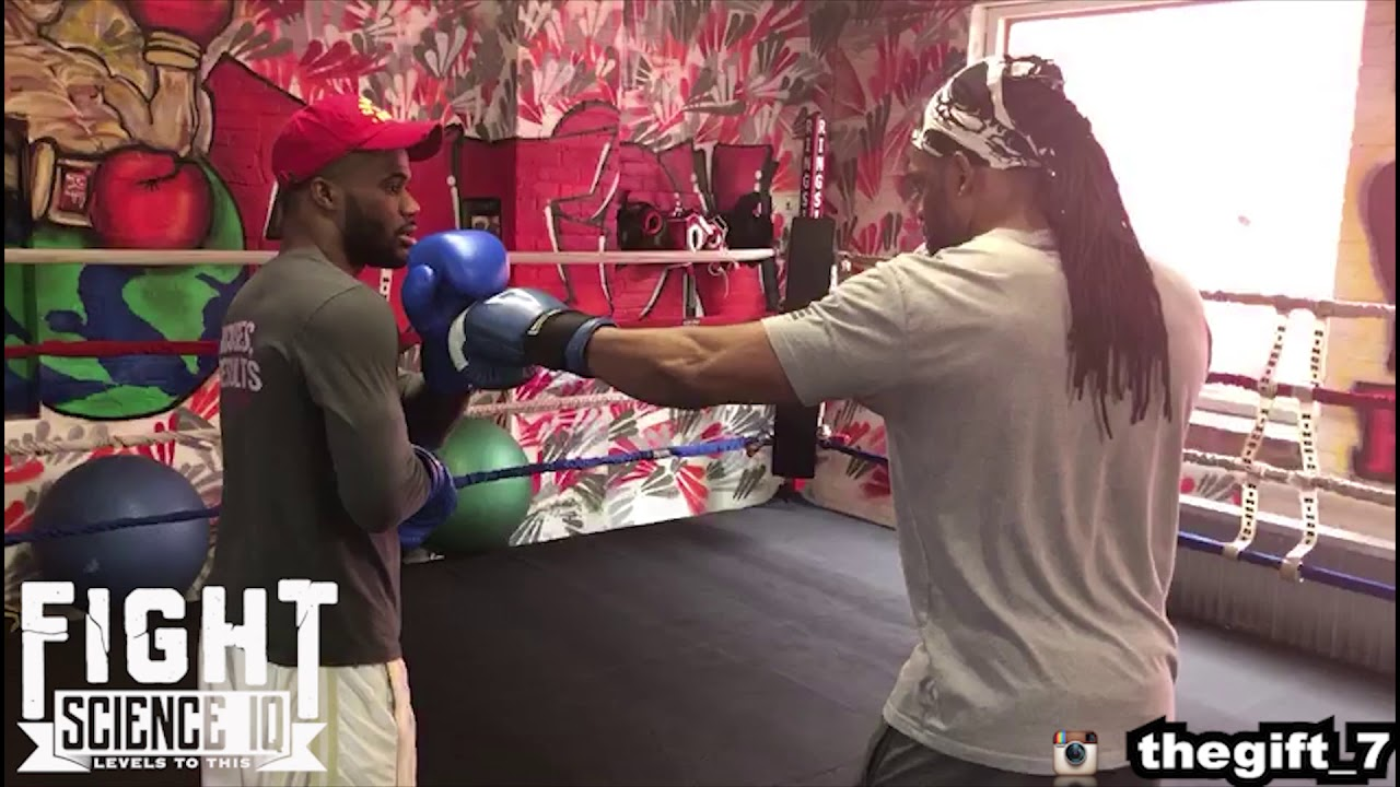 Philly Shell For A Southpaw Vs Orthodox With Chordale Booker Youtube Southpaw Orthodox Undefeated
