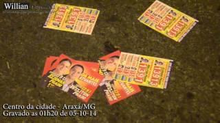 Comando 190 -Flagrante da sujeira dos panfletos de campanha eleitoral nas eleições 2014/Araxá.