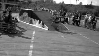 падение велосипедиста.avi