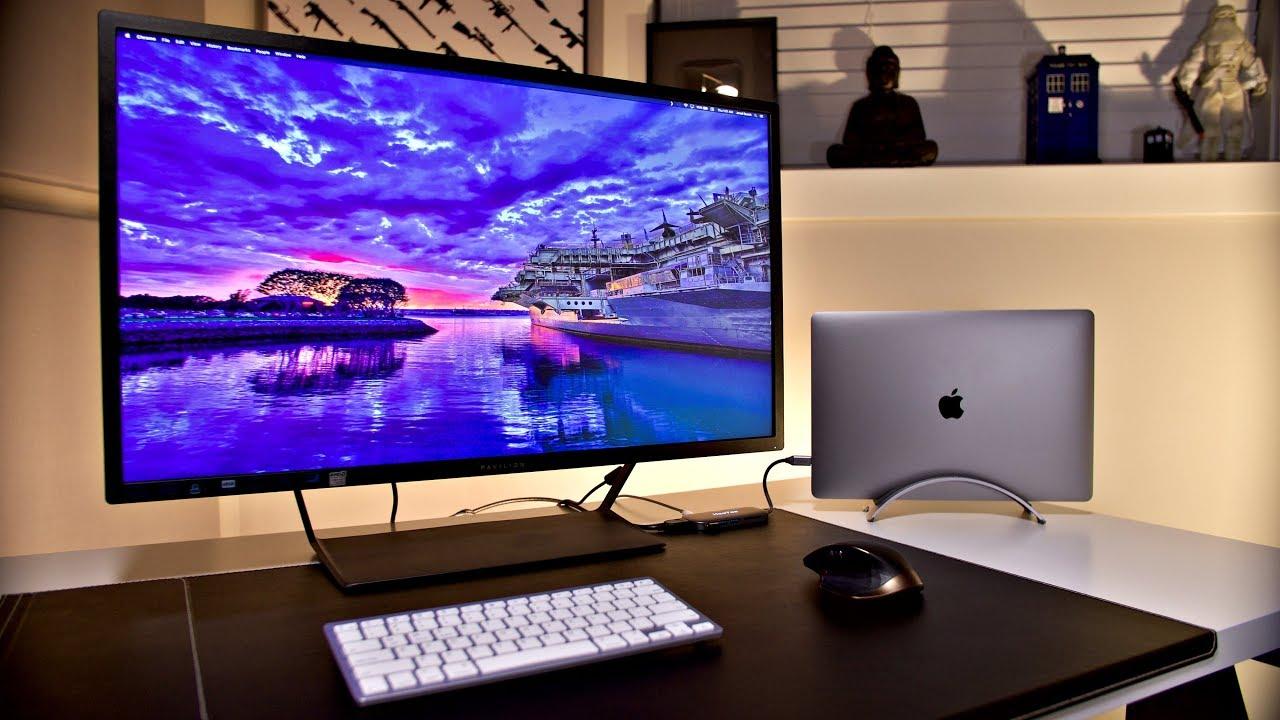 Minimalist Desk Setup