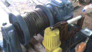 Лебедка электрическая ЛМЧ-1 www.kran10.ru(Лебедка предназначена для транспортировки груза., 2015-11-13T09:00:26.000Z)