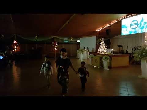 Thiếu nhi múa tôn vinh giáng sinh 2017