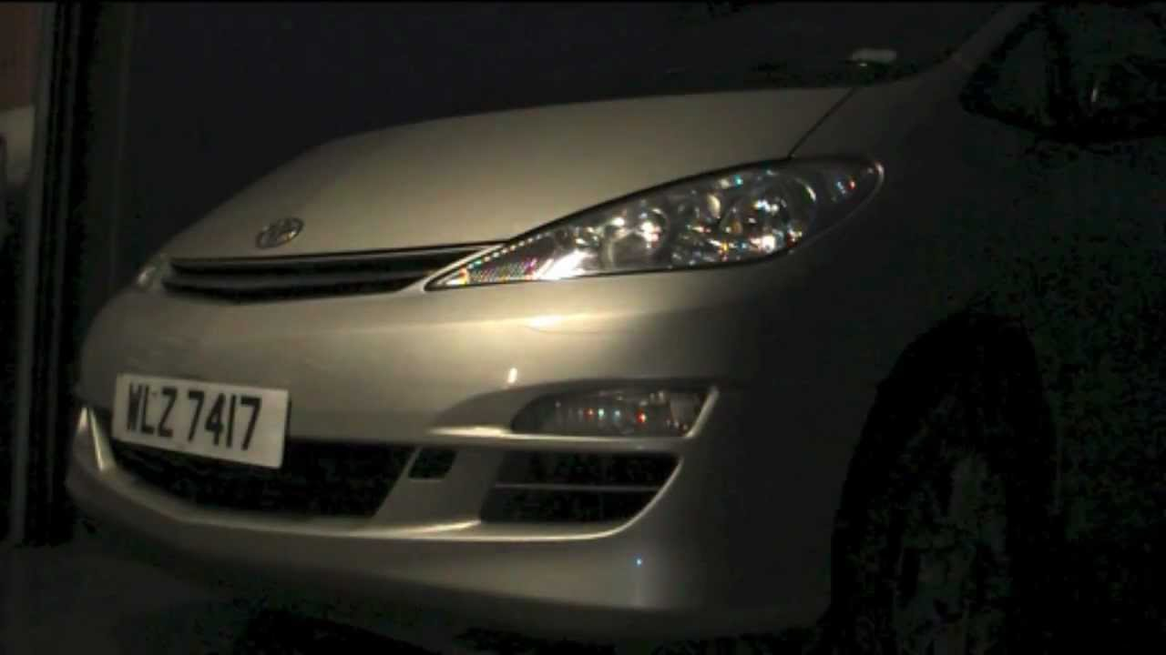 maxresdefault changing headlight bulb toyota previa estima youtube toyota estima 2006 fuse box location at n-0.co