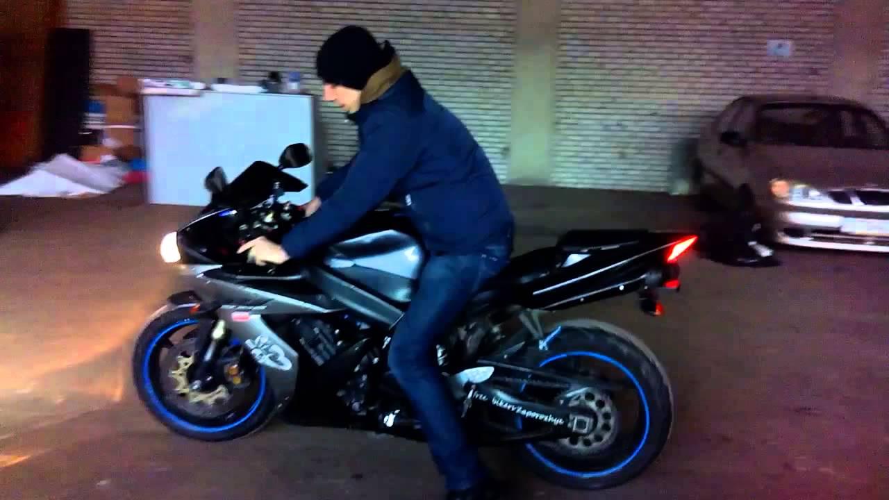 Пацан купил Yamaha R1 - ПЕРВЫЙ РАЗ НА R1 - YouTube