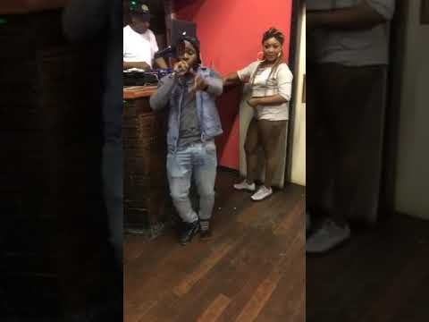 Yunglord performing live