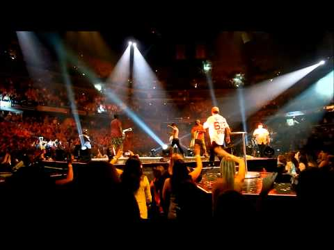 The Package Tour - One Sweet Day/Hangin Tough/Crash - Indianapolis, IN