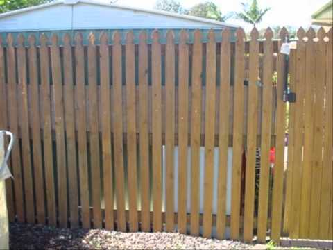 รั้วบ้านสวยๆ แบบประตูรั้วเหล็ก