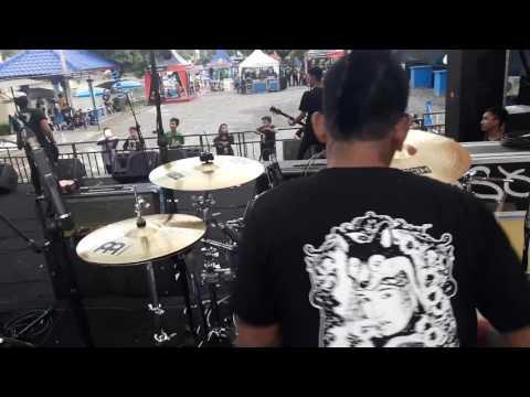 Brandal Sidoyoso - intro + bangsa punk @crocsfest2017