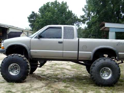 ZR2 WITH 42 INCH TSL TIRES - YouTube