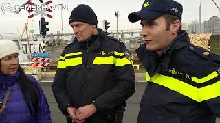 Blokkade tankenpark Farmsum op last van de burgemeester opgeheven
