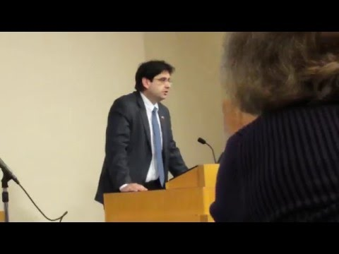 First Secretary of Cuba's Embassy Miguel Fraga speaks at Seattle U