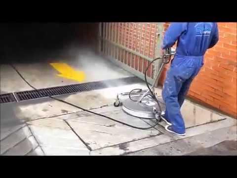 13 HP 4000 PSI pressure washer & ANT3C Hydro Twister cleaning parking  garage in Miraflores Peru