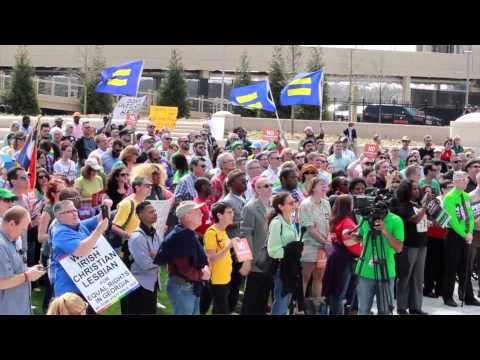 Unitarian Universalist Ministers Stand On The Side Of Love