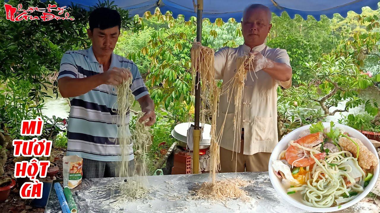 Ông 5 Châu Đốc Hướng Dẫn Làm Sợi Mì Tươi Hột Gà Tại Nhà Vừa Ngon Vừa Đảm Bảo Sức Khỏe | NKGĐ