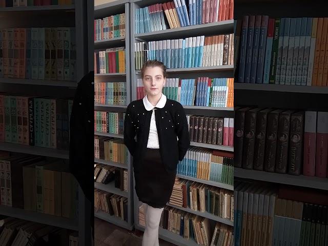 Изображение предпросмотра прочтения – АринаРязанцева читает произведение «Ворона» А.А.Блока