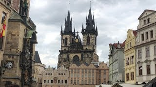 Visiting the Old Town and Castle in Prague