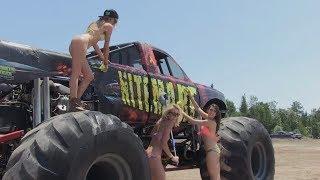 Бигфуты - монстры на огромных колесах.  -  Bigfoot  monster truck