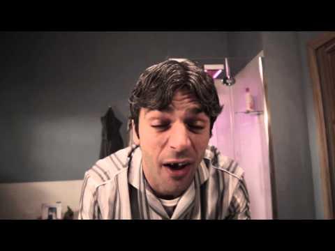 Qualunquemente (Onda Calabra) - Cetto La Qualunque from YouTube · Duration:  3 minutes 19 seconds