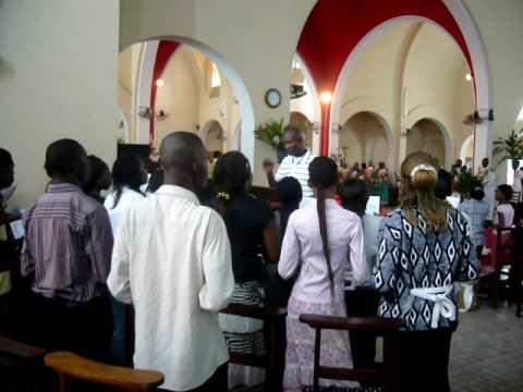 Chorale de l 39 glise du sacr coeur kinshasa youtube - Chorale coup de coeur laval ...