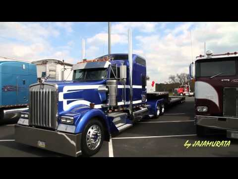 Large car magazine Southern Classic Truck Show part1