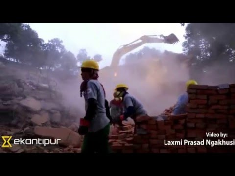 Demolition of quake damaged buildings