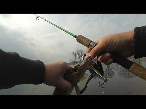Рыбалка на спиннинг с подписчиком. Рыбачим в конце марта. В поисках хищника в краснодарском крае