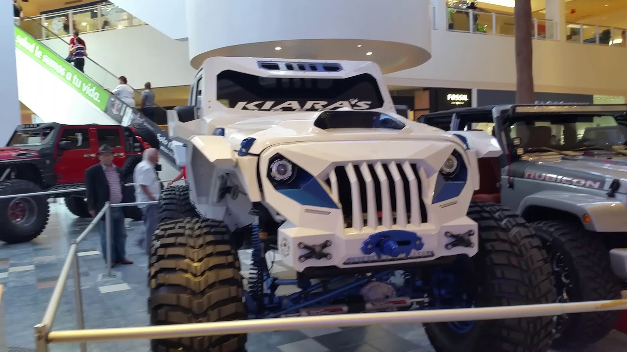 Jeeps at Plaza Las Americas Puerto Rico June 4th 2018 part 2 of 2