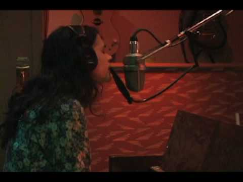 leona naess recording