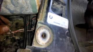 видео Вентилятор кондиционера BMW (E39, 53, 60 и X5): ремонт и замена детали, заправка кондера