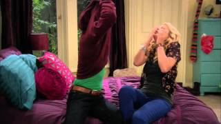 Melissa & Joey Sizzle Clip - Bloopers, Joey's Dance and Clips from New Season