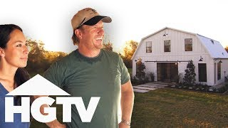 Chip And Jo Turn This Horse Barn Into A Modern Family Home | Fixer Upper