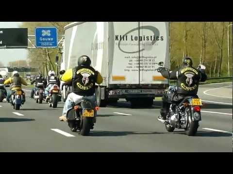 RMS Ride Out 25-04 2012 Satudarah and Freebikers  op weg naar Moordrecht  op A20.